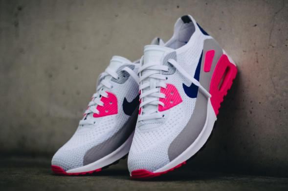 Nike Wmns Air Max 90 Ultra 2.0 Flyknit - White / Concord - Laser Pink - Black