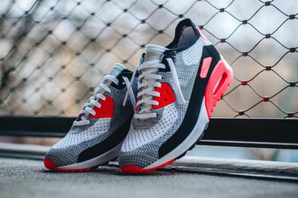 "Nike Wmns Air Max 90 Flyknit Ultra 2.0 ""Infrared"" - White / Wolf Grey - Bright Crimson - Black"