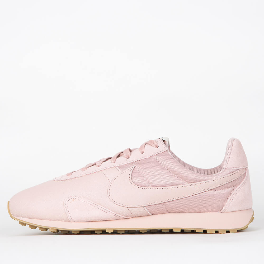 Nike Wmns Pre Montreal Racer Vintage Premium - Pink Oxford / Pink Oxford - Gum Light Brown US 7 | EU 38