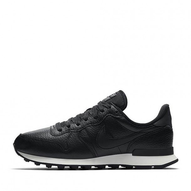 Nike Wmns Internationalist Premium Black / Black Summit White-31
