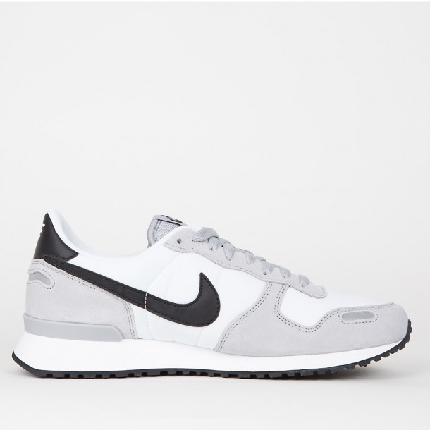 cheap for discount 6d915 acd63 Nike Air Max Siren White Black Wolf Grey Paint Women Nike Air Relentless