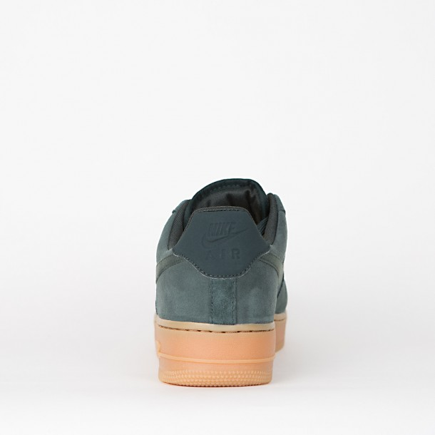 Nike Air Force 1 07 LV8 Suede Outdoor Green / Outdoor Green-01