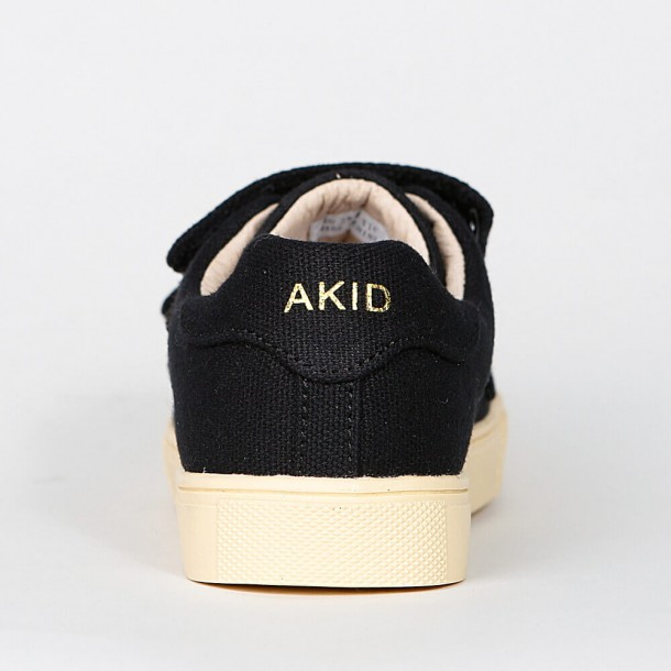 Akid Axel Black Canvas / Light Bone-01