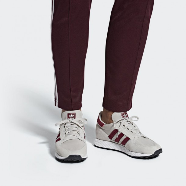 Adidas Forest Grove Chalk Pearl FTWR White .