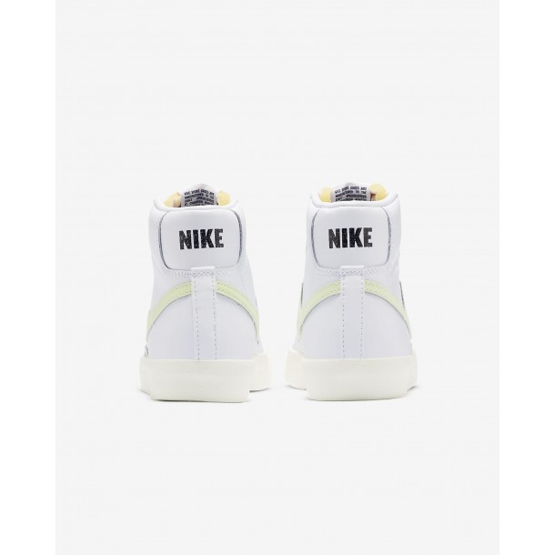 Nike Wmns Blazer Mid 77 White / Barely Volt White Total Orange-01