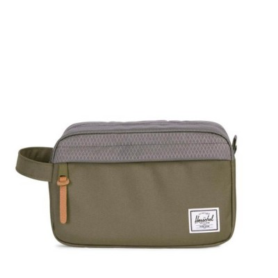 herschel-supply-co-chapter-travel-kit-ivy-green