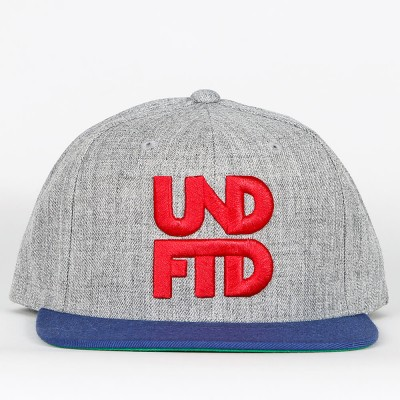 undefeated-stacked-snapback-grey-heather, 35.00 EUR @ stickabush-de