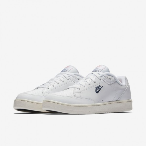 Nike Grandstand II White / Navy Sail Arctic Punch-01