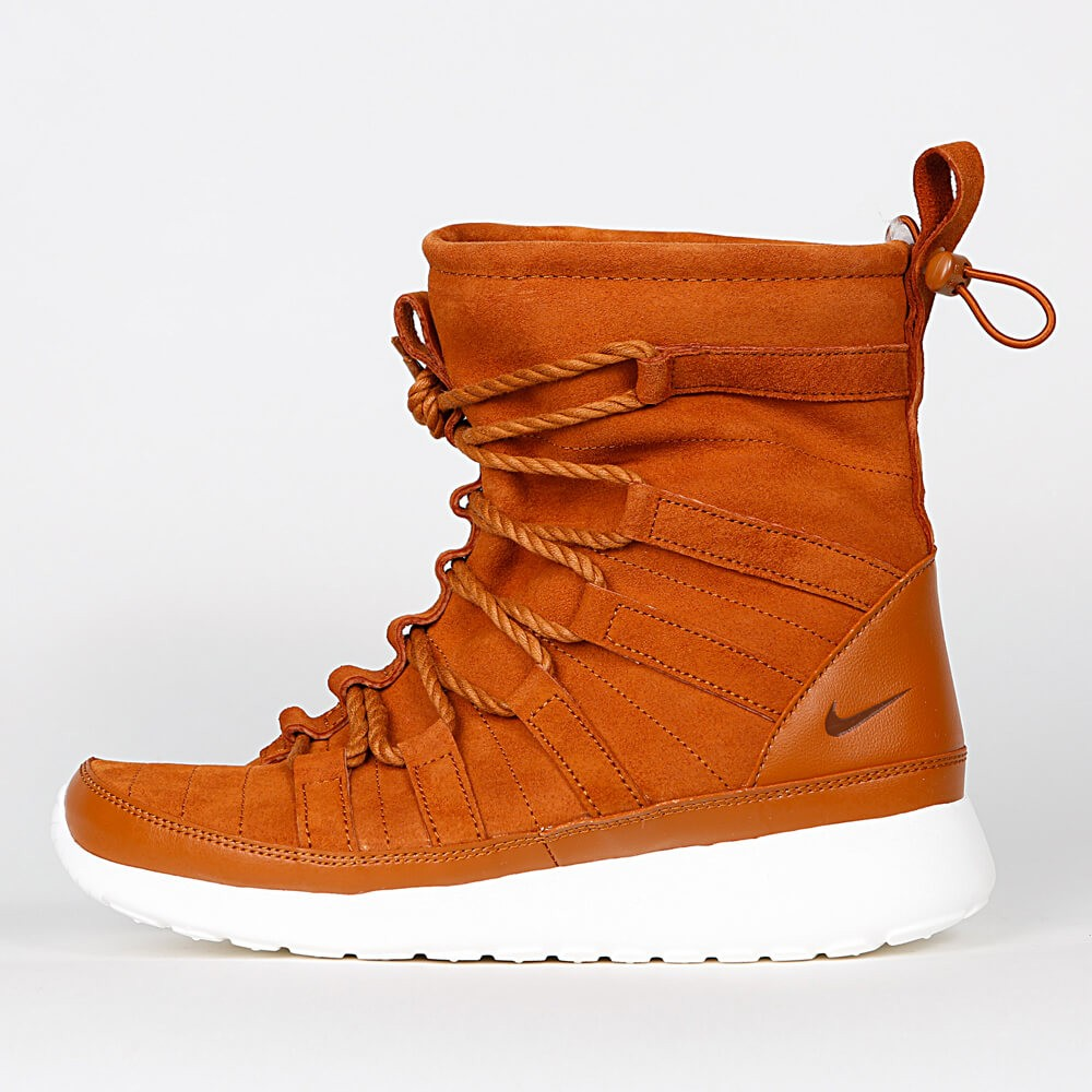 low priced aea16 24cd3 Nike Wmns Roshe One Hi Suede - Tawny   Lotus - Sail