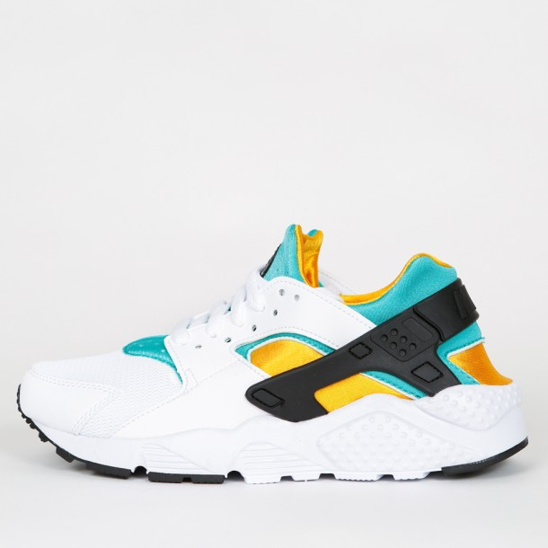 low priced ea785 91b11 Nike Huarache Run GS - White / Black - New Green - Sundown ...