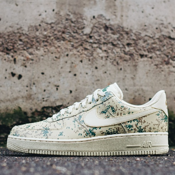 Nike Air Force 1 Low LV8 Beige Camo | 823511 700