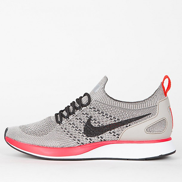 47824f9f nike-wmns-air-zoom-mariah-flyknit-racer-string-black-white-solar-red-31.jpg