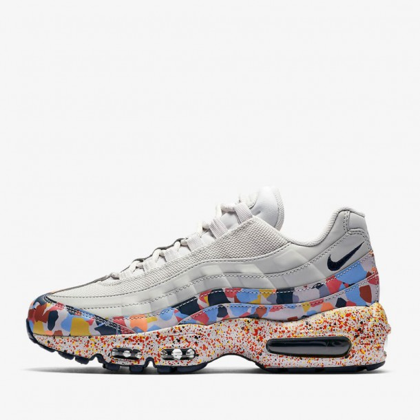 1857d094db35 Nike Wmns Air Max 95 SE - Vast Grey   Midnight Navy - Habanero Red ...