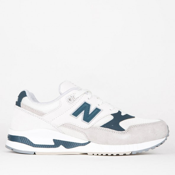 new balance green white