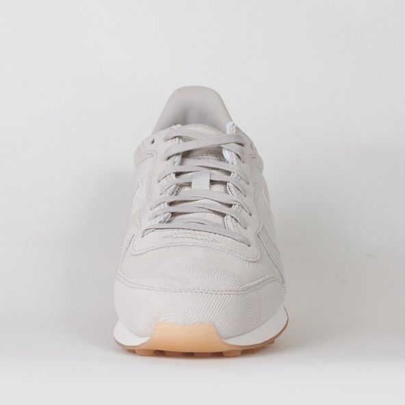 the latest 0c6ee f3b92 ... coupon code for nike wmns internationalist premium gamma grey 01 516b0  b91be