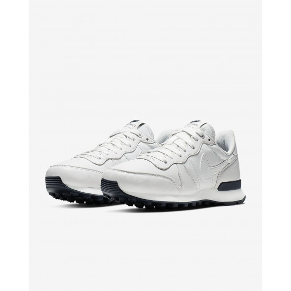 Nike Wmns Internationalist Premium Platinum Tint / Mtlc Summit Wht Obsidian-01