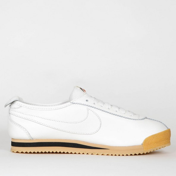 sports shoes 25d40 ea74b Nike Wmns Cortez 72 - Sail  Sail - Balsa - Gum Yellow